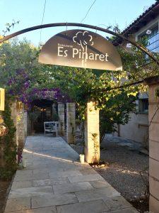 Der Empfang Es Pinaret, Restaurant in der Nähe von Ses Salines